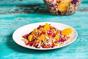 σαλάτα λάχανο με ρόδι και πορτοκάλι συνταγη