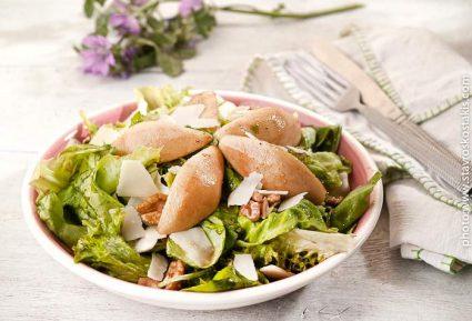 Σαλάτα με αχλάδι, παρμεζάνα, καρύδια-featured_image
