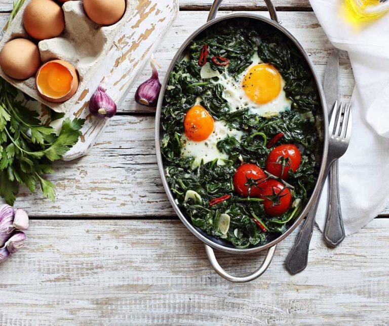 Σπανάκι µε αυγά στο φούρνο