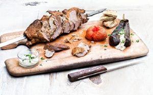Γύρος χοιρινός και ψητά λαχανικά της Αργυρώς-featured_image