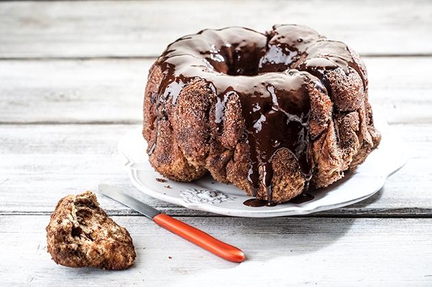 Κέικ τσουρέκι (Monkey bread)