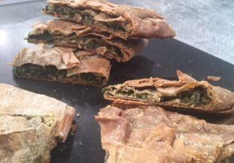 νηστίσιμη σπανακόπιτα με χωριάτικο φύλλο χωρίς τυρί
