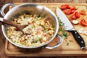 Κεφτεδάκια με κοφτό μακαρόνι σε υπέροχη σάλτσα-featured_image