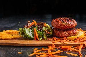 Μπιφτέκια με λαχανικά-featured_image