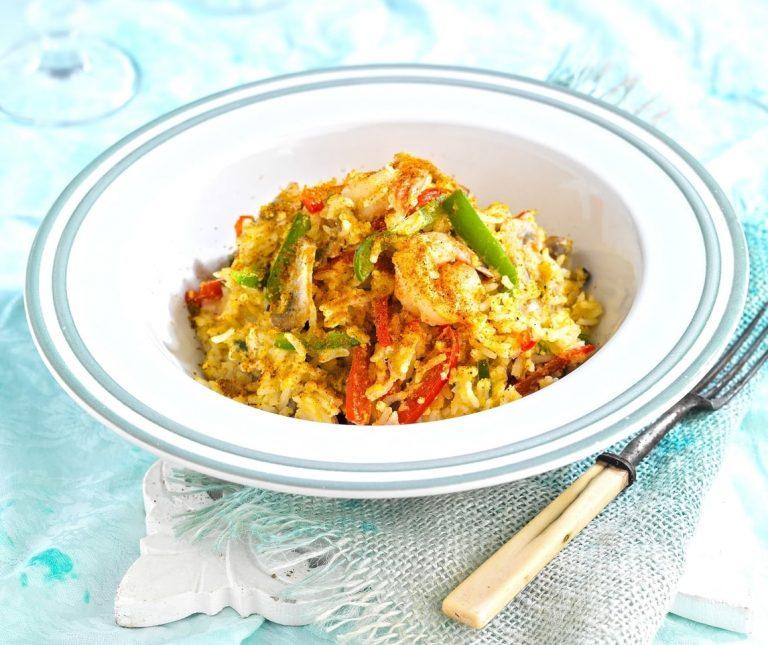 Ρύζι με κάρι, πιπεριές και γαρίδες