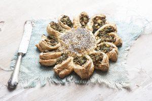 Σπανακόπιτα ήλιος με σφολιάτα-featured_image