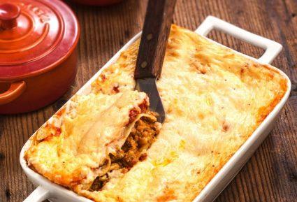 Κανελόνια µε κιµά, µελιτζάνα και σάλτσα κρέμας τυριού-featured_image