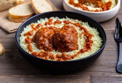 Μοσχάρι κοκκινιστό με ρύζι-featured_image
