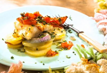 Ροφός στο φούρνο με πατάτες-featured_image