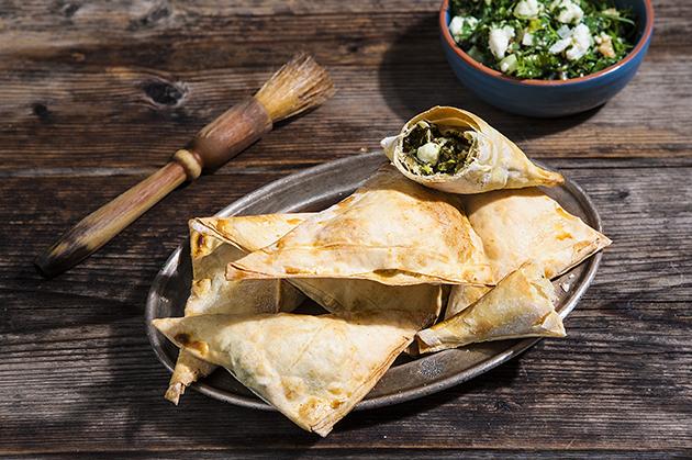 Σπανακόπιτα χωριάτικη με μυρωνολάχανα και φέτα-featured_image