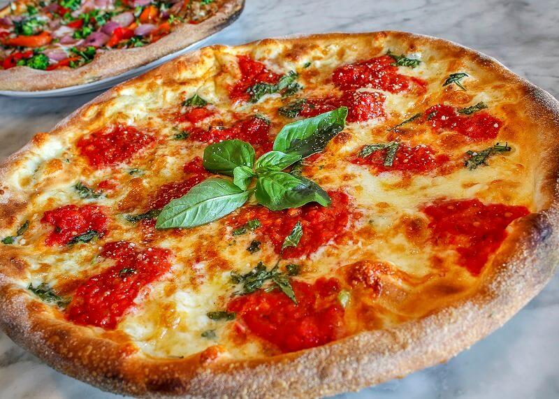 diasima-piata-pizza