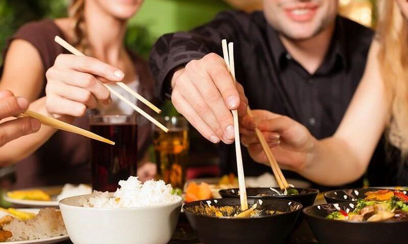 Είναι 8 και παράξενα. Έθιμα φαγητού στον κόσμο-featured_image