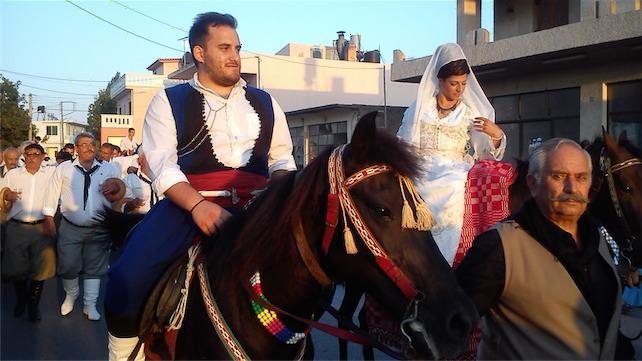 παραδοσιακος κρητικος γαμος