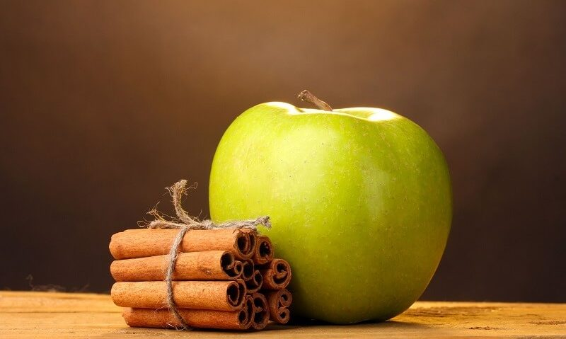 Κρέμα γάλακτος, μήλο και κανέλα για την πιο θρεπτική μάσκα προσώπου-featured_image