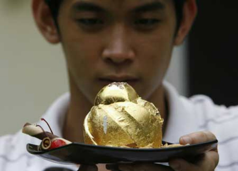 gold cake 2