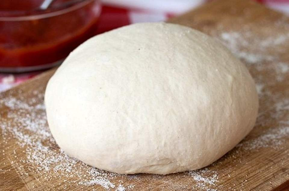 Βασική ζύµη για πίτσα, της Γεωργίας Κεραμιδά