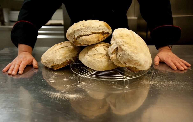 12 μυστικά για το καλύτερο σπιτικό ψωμί-featured_image