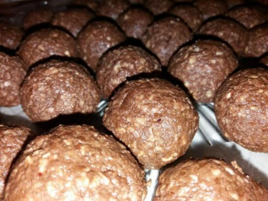 Σοκολατάκια Ferrero Rocher, του Θέμη Καψή