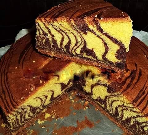 Κέικ ζέβρας με βανίλια και σοκολάτα, της Ελένης Βερούση