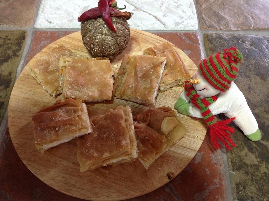 Χωριάτικη τυρόπιτα με τραγανό φύλλο, της Αγγελικής Μάλλη