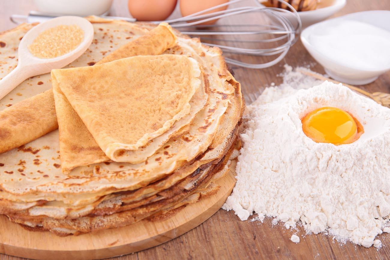 Θα ξετρελαθείτε! Φτιάξτε με τα χέρια σας τις καλύτερες και πιο νόστιμες συνταγές για γλυκές και αλμυρές κρέπες