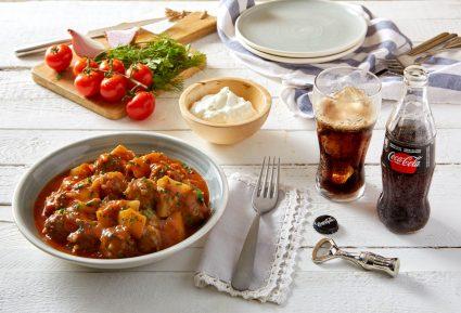 Γιουβαρλάκια κοκκινιστά με ντομάτα-featured_image