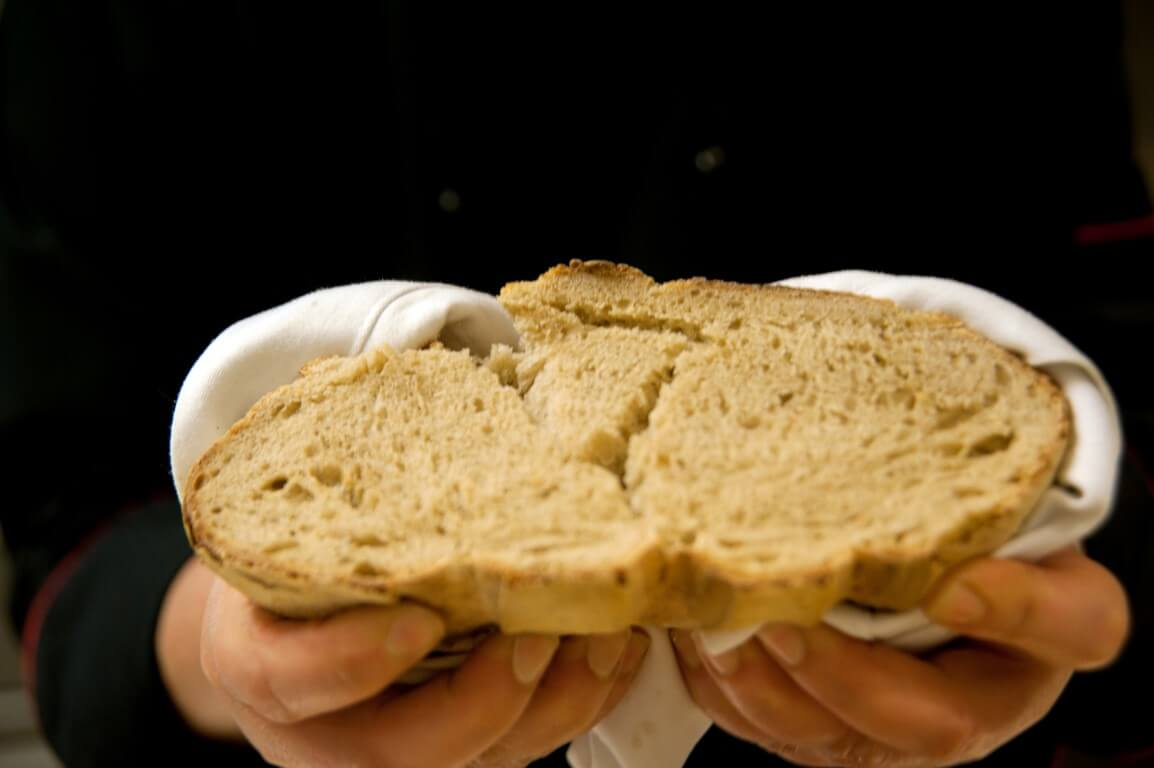 Κορυφαίες και εύκολες συνταγές για το καλύτερο σπιτικό ψωμί-featured_image