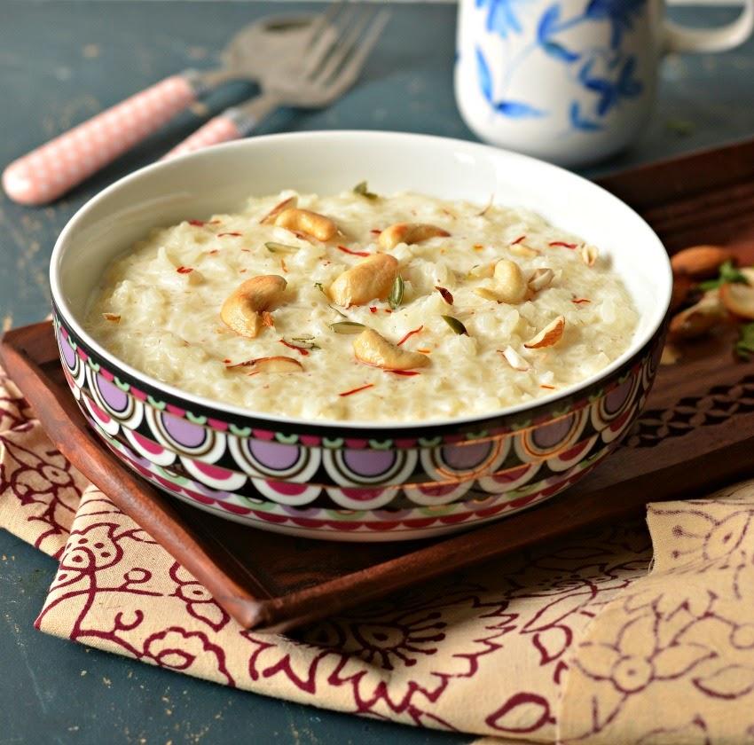 Πολύ γνωστό είναι και το Kheer ένα επιδόρπιο με ρύζι που θυμίζει ρυζόγαλο.