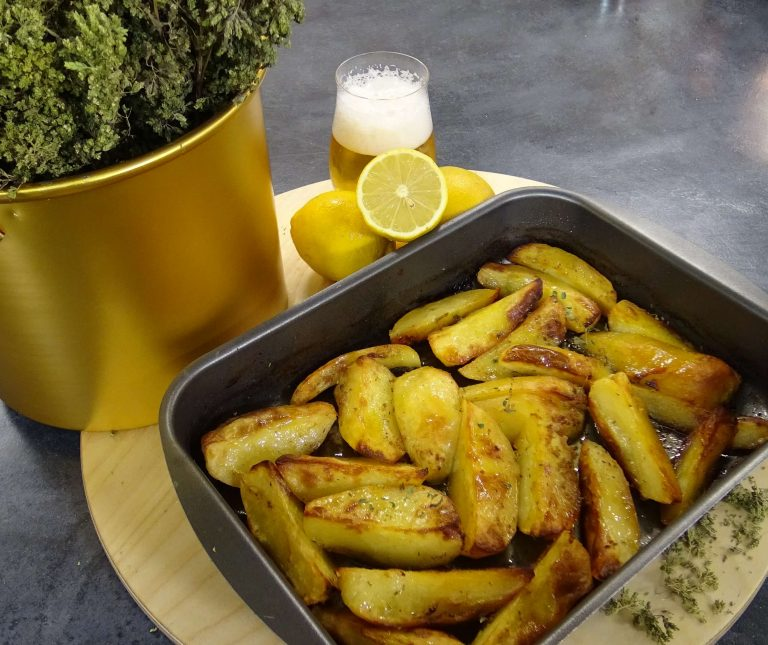 (VIDEO) Πατάτες φούρνου με μπύρα 'μεθυσμένες'