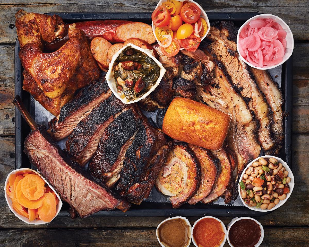 Μυρίζει Τσικνοπέμπτη! Οι καλύτερες συνταγές για κρέας, η τέλεια σαλάτα και η σάλτσα που θα απογειώσει το τραπέζι-featured_image