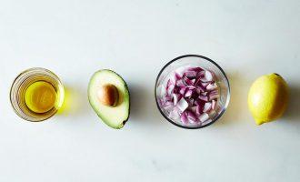 Πώς να διατηρήσετε φρέσκο ένα κομμένο αβοκάντο-featured_image