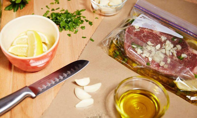 5 συνταγές για μαρινάδα στον…καταψύκτη! Η έξυπνη λύση για πεντανόστιμα και μαλακά κρεατικά στο πι και φι-featured_image
