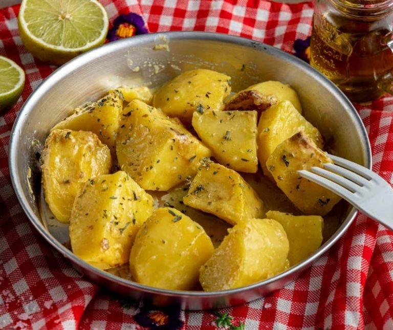Πατάτες φούρνου με μπύρα της Αργυρώς