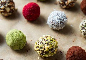 νηστίσιμα τρουφάκια σοκολάτας χωρίς ζάχαρη
