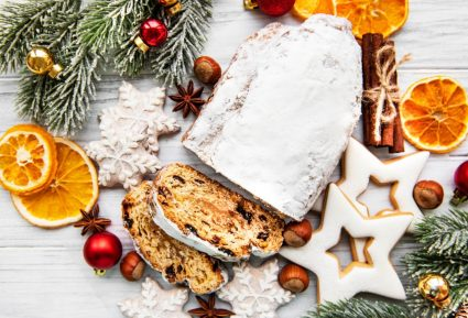 Stollen (Χριστουγεννιάτικο γλυκό)-featured_image