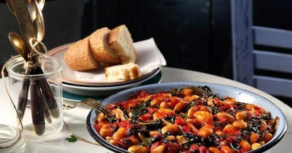 Γίγαντες στο φούρνο και τα μυστικά της Αργυρώς