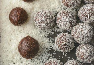 νηστίσιμα τρουφάκια καρύδας ινδοκάρυδο χωρίς ζάχαρη χωρίς γλουτένη