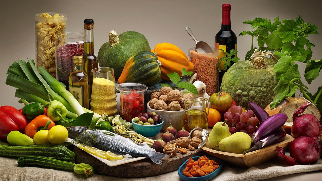 9 vegan και ελληνικές συνταγές που θα λατρέψετε-featured_image