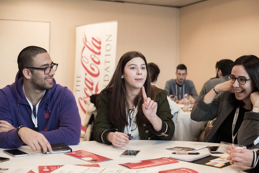 Η Σχολή Επιχειρηματικότητας είναι μια πρωτοβουλία της διεθνούς ΜΚΟ ThinkYoung, η οποία έχει πραγματοποιήσει ήδη 37 Σχολές σε όλο τον κόσμο, σε πόλεις όπως το Χονγκ Κονγκ, οι Βρυξέλλες η Μαδρίτη κ.α. Στη χώρα μας, η πρώτη Σχολή υλοποιήθηκε το 2015 και από τότε, 7 Σχολές σε πόλεις της Ελλάδας όπως η Αθήνα, η Θεσσαλονίκη, ο Βόλος, και η Πάτρα, έχουν δώσει την ευκαιρία στους επίδοξους επιχειρηματίες της χώρας να συντάξουν το δικό τους business plan, με την καθοδήγηση επιχειρηματιών- μεντόρων.