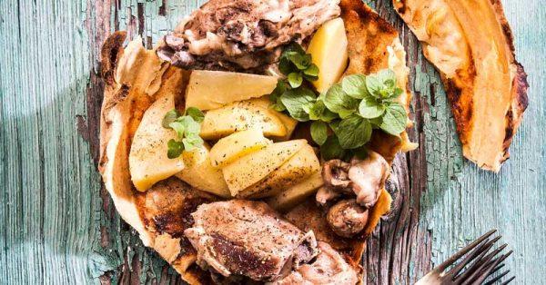 κατσικάκι βουλωτό γιορτινό παραδοσιακή συνταγή