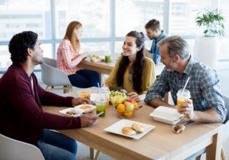 Διατροφή στο γραφείο: τα πιο συχνά λάθη-featured_image