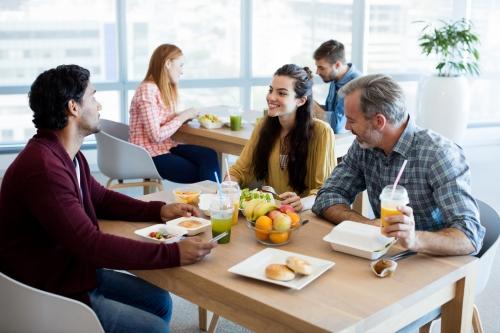 Διατροφή στο γραφείο: τα πιο συχνά λάθη, του συνεργάτη μας Τάσου Παπαλαζάρου-featured_image