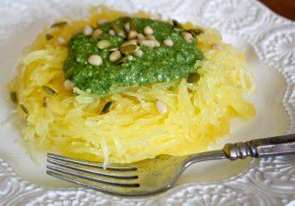 μακαρόνια κολοκύθας σπαγγέτι κολοκύθα spaghetti squash