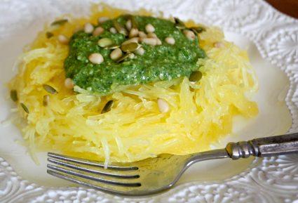 Μακαρόνια κολοκύθας με σάλτσα πέστο αβοκάντο-featured_image