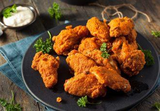 τραγανό τηγανητό κοτόπουλο kfc συνταγή με κρούστα πανε