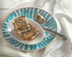 Φέτα σαγανάκι με μέλι και σουσάμι-featured_image
