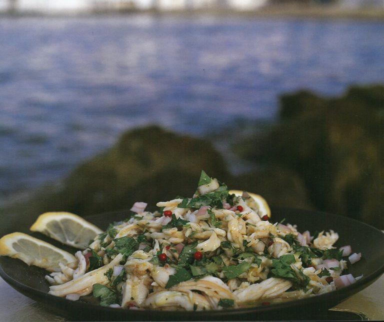 Σαλατούρι (ψαροσαλάτα με σαλάχι)