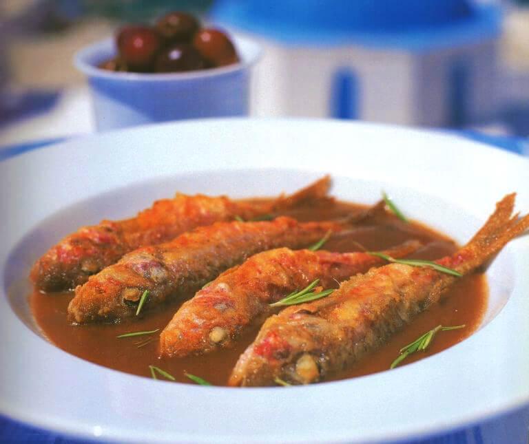 Μπαρμπούνια σαβόρο (τηγανητά ψάρια)