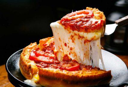 Πίτσα με αφράτη ζύμη-featured_image