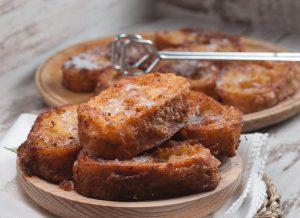 γλυκές αυγοφέτες με μέλι στο τηγανι συνταγη french toast